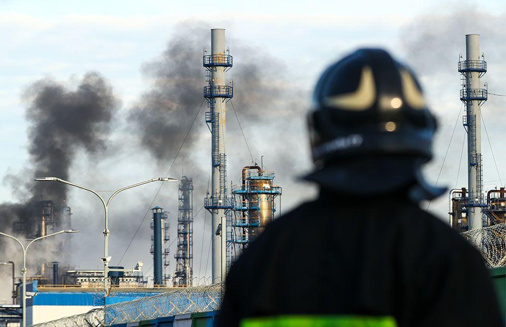 США ввели санкции против русских компаний запоставки нефти вСирию