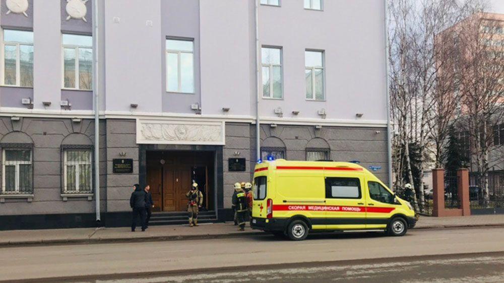 Школьник устроил взрыв в помещении управления ФСБ поАрхангельской области
