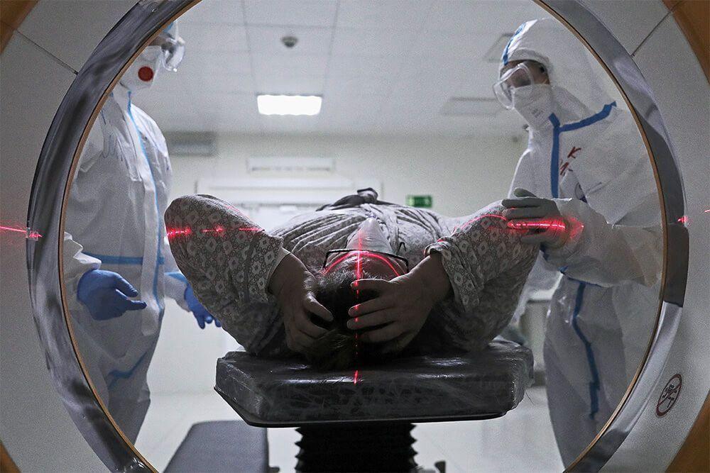 В России выявили 8 697 новых случаев COVID-19
