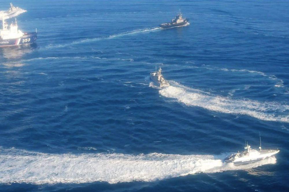 Доказано . Наборту задержанных кораблей ВМС были работники  СБУ