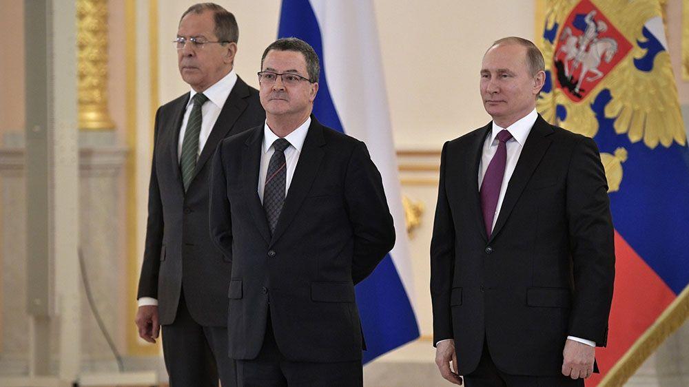 Посол Швейцарии в России: у нас президентов меняют каждый год, чтобы не слишком высоко ценили свою позицию