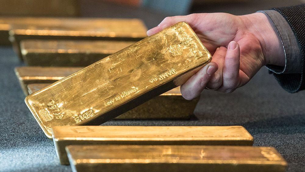 Российская Федерация резко увеличила закупки золота вожидании американских санкций