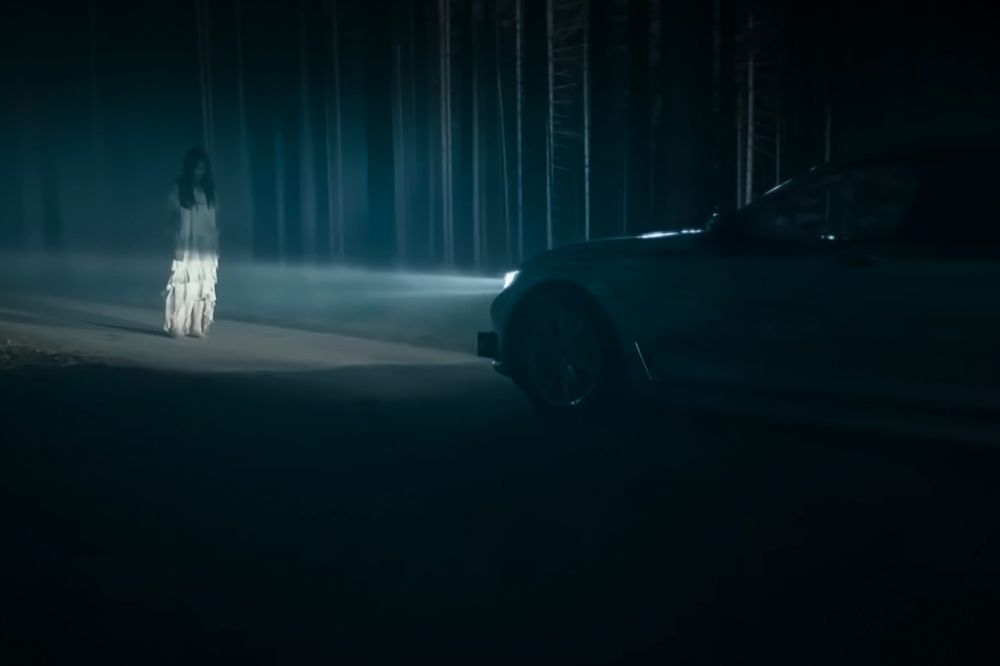 girls &BMW | Bmw 1er, Bmw oldtimer, Motorrad pullover | 666x1000