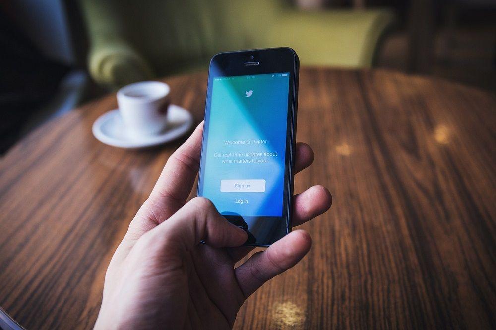 Социальная сеть Twitter удалил 10 000 аккаунтов, скоторых призывали игнорировать выборы вСША