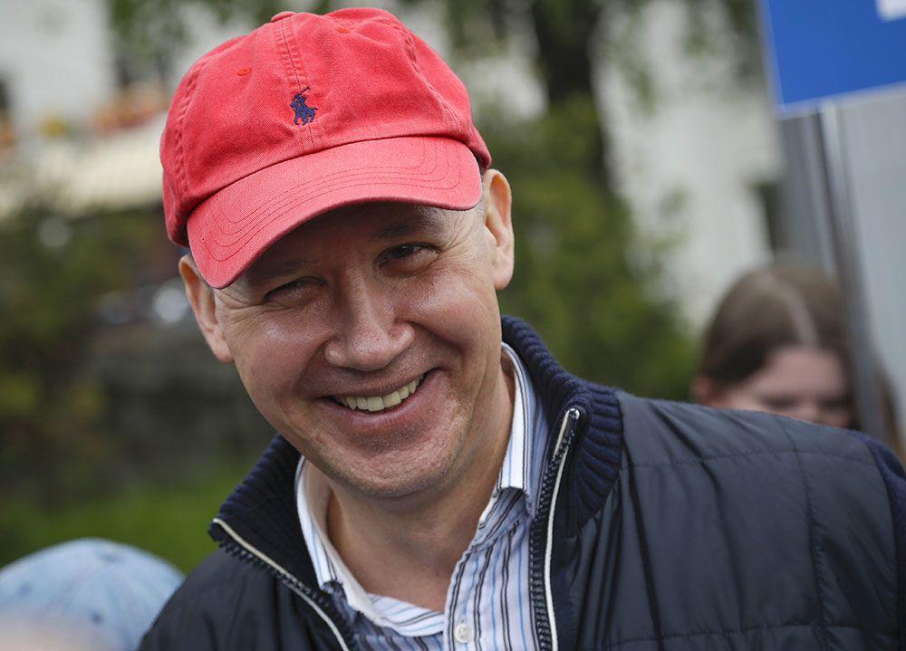 Lukashenko opponent Valery Tsepkalo flees Belarus fearing arrest