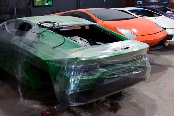 В Бразилии полиция нашла подпольную фабрику, где делали фальшивые Ferrari