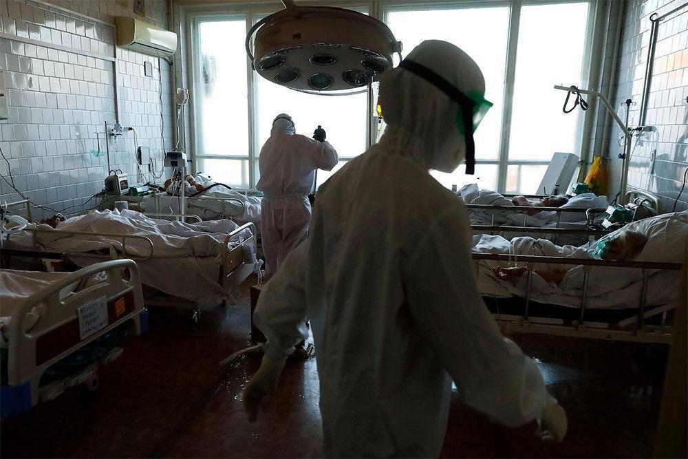 В России третий день подряд фиксируют менее 13 тысяч заболевших COVID