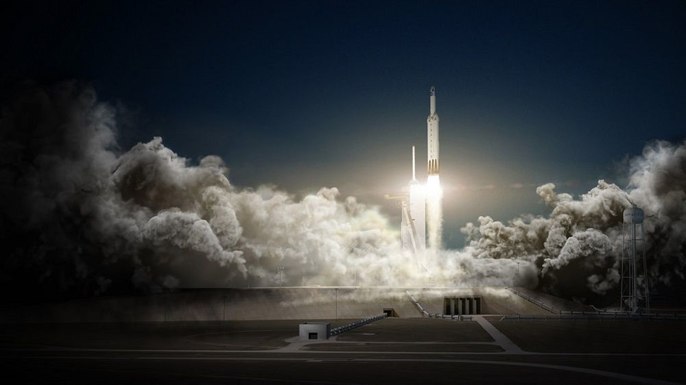 SpaceX запустила к Марсу ракету Falcon Heavy
