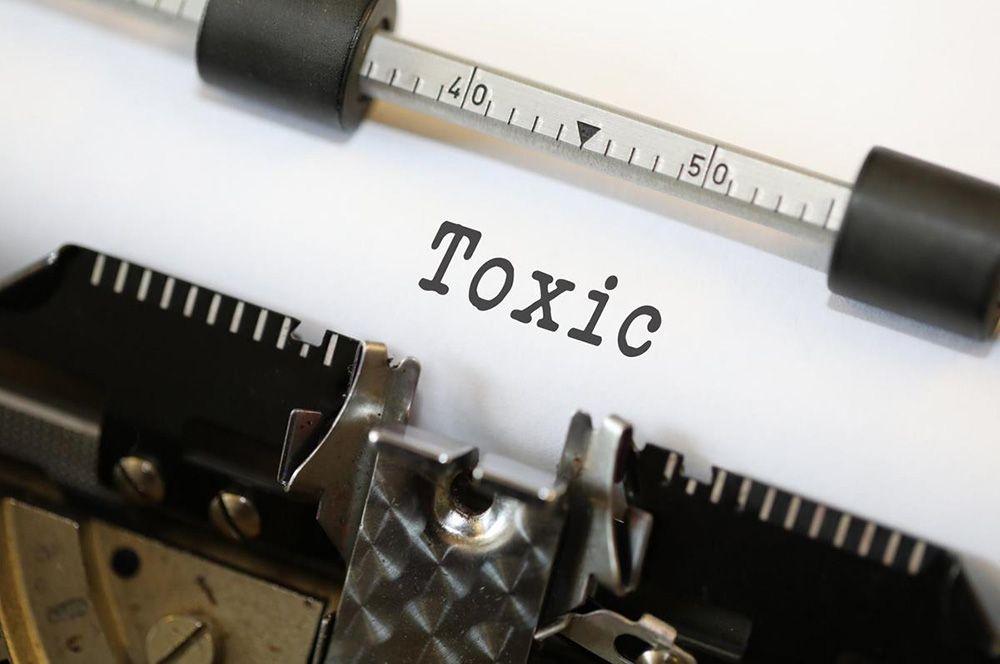 Оксфордский словарь признал слово «токсичный» словом года