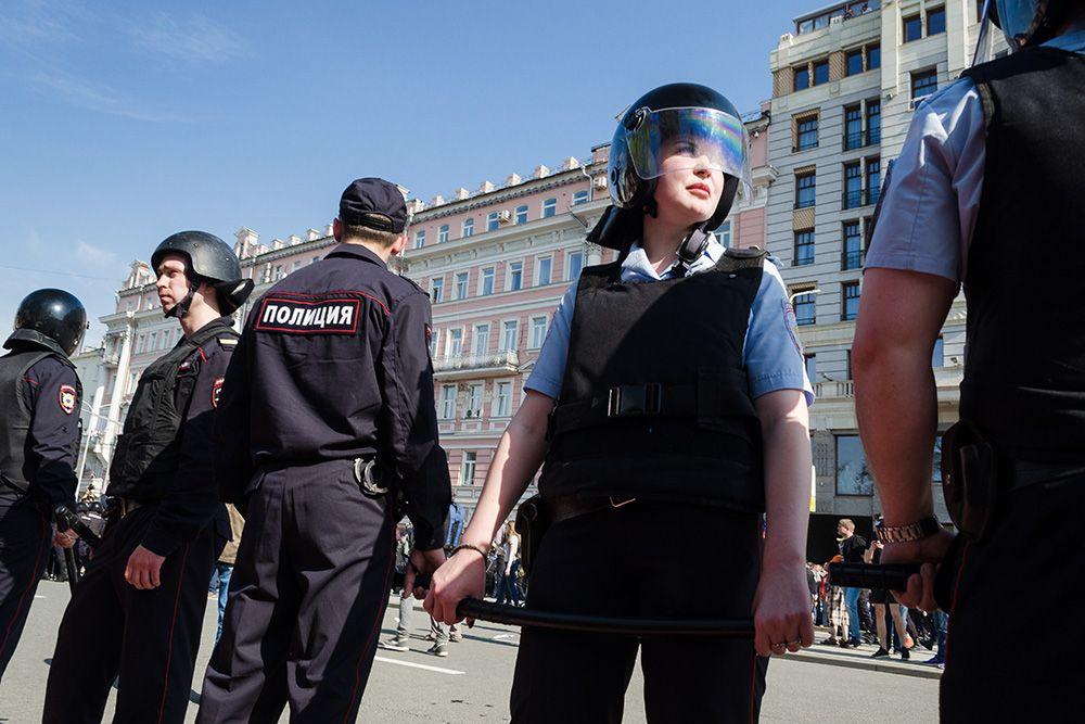 работа в полиции в спб для девушки вакансии