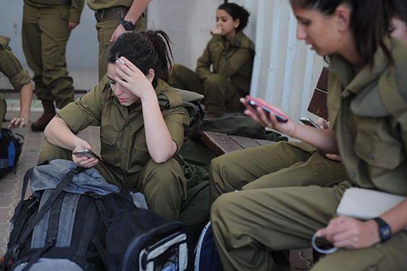 Израиль обвинил ХАМАС впопытке взлома телефонов военных