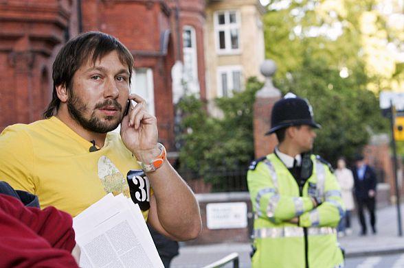 Евгений Чичваркин рассказал что за ним следили после переезда в Лондон