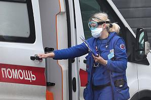 В России третий день подряд фиксируют больше тысячи случаев коронавируса