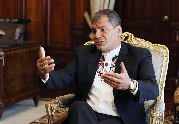 Суд вЭквадоре заочно арестовал прежнего президента