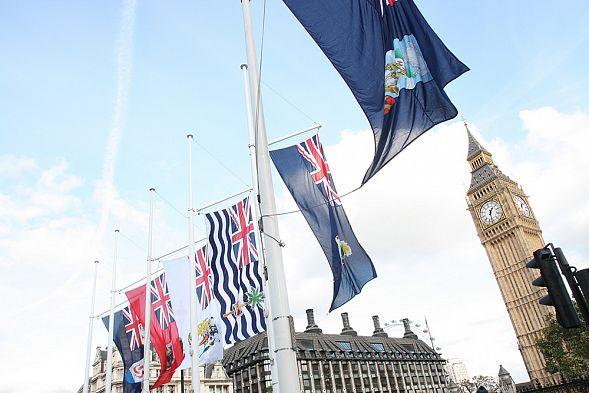Парламент Англии обязал собственников офшорных счетов открывать свои имена
