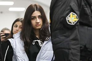 Сестры Хачатурян попросили рассмотреть их дело судом присяжных