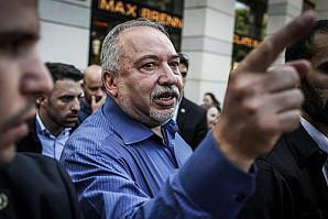 Лидер партии «Наш дом Израиль» Авигдор Либерман отказался входить в коалицию и с Нетаньяху, и с Ганцем