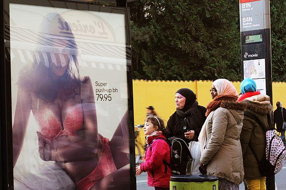 В Дании принимают новые законы для гетто: детей мигрантов обяжут изучать «датские ценности»