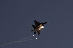Израиль нанес авиаудар по военным целям в Сирии