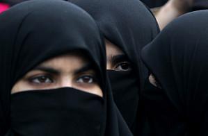 В США мусульманка подала иск из-за требования полицейских снять хиджаб