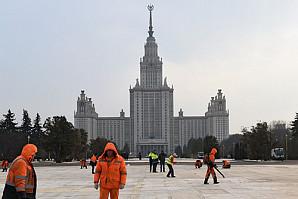 Госдума приняла поправку, которая позволит президенту неограниченно продлевать полномочия ректоров МГУ и СПбГУ